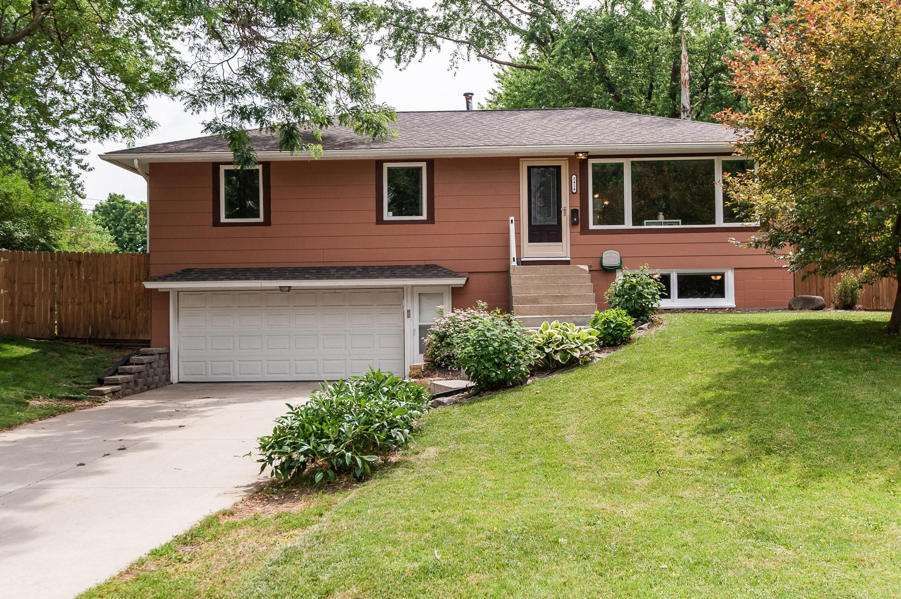 3414 16th NW Property Photo - Rochester, MN real estate listing