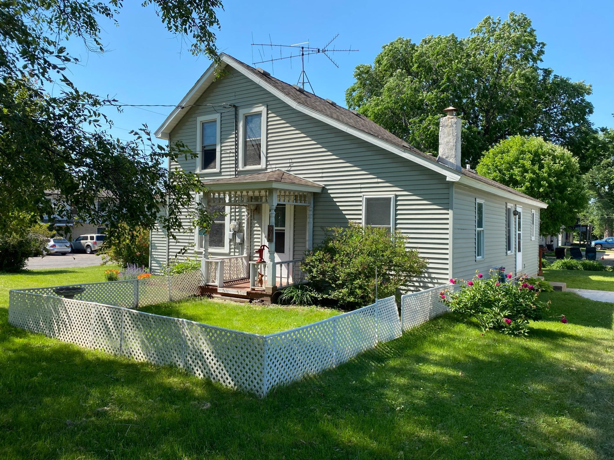 904 Pearl Street Property Photo - Prescott, WI real estate listing