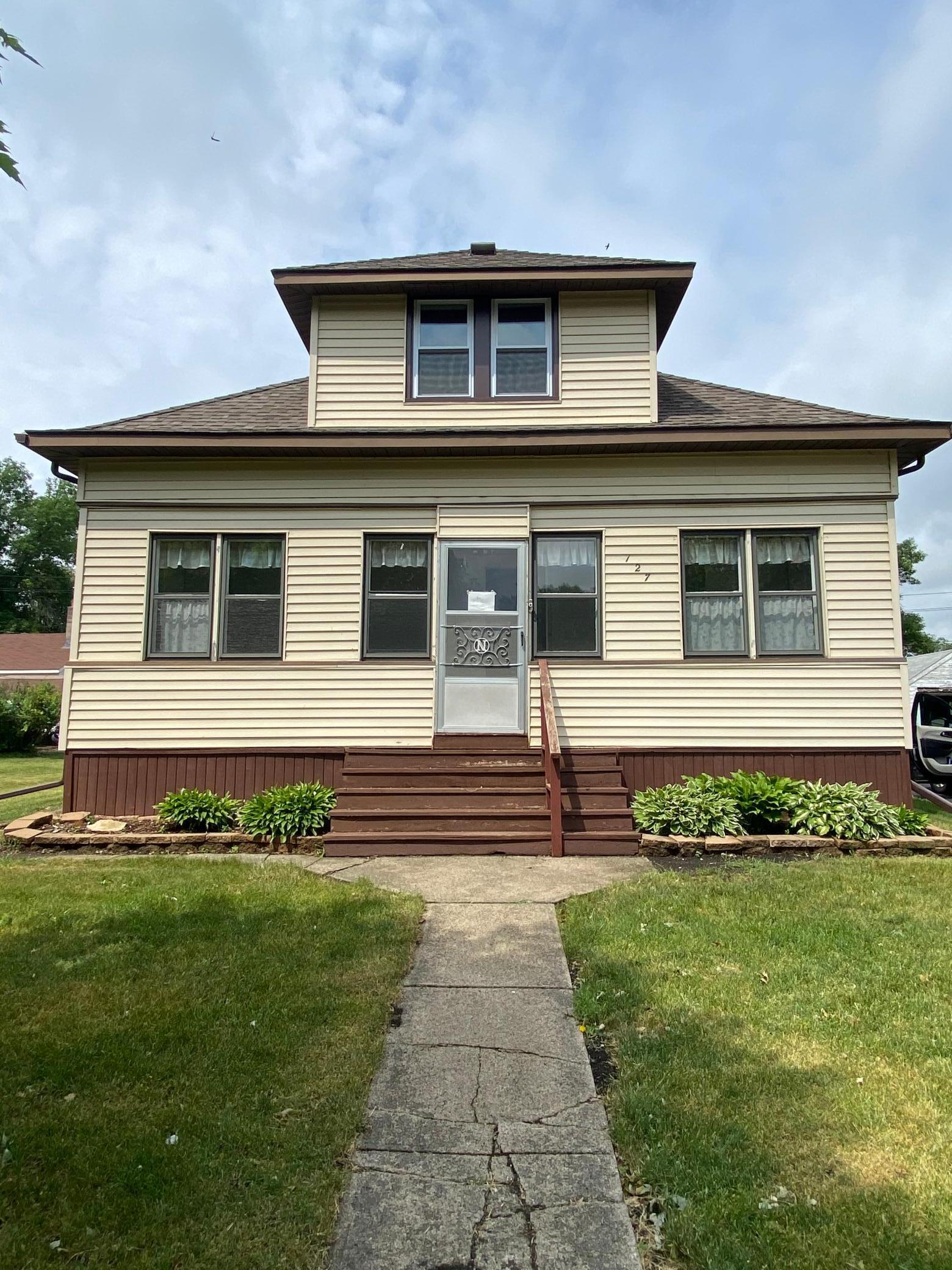 127 W 2nd Street Property Photo - Clinton, MN real estate listing