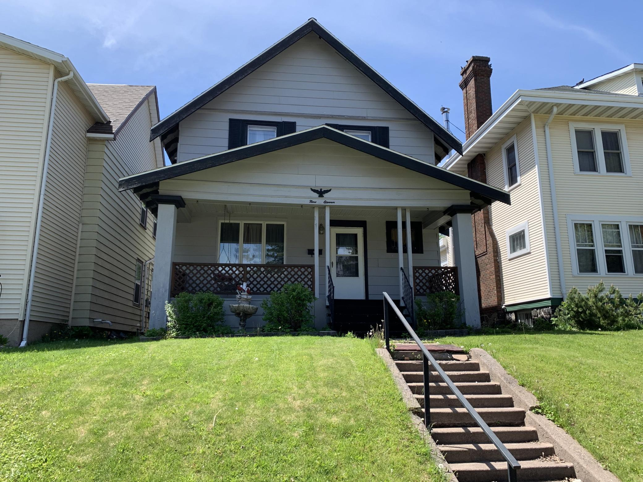 911 N Central Avenue Property Photo - Duluth, MN real estate listing