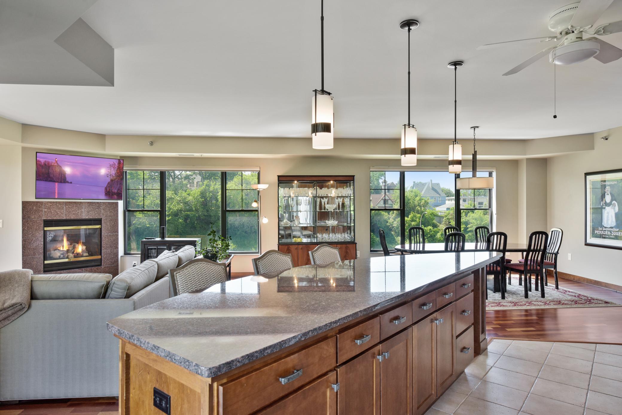 317 Groveland Avenue #503 Property Photo