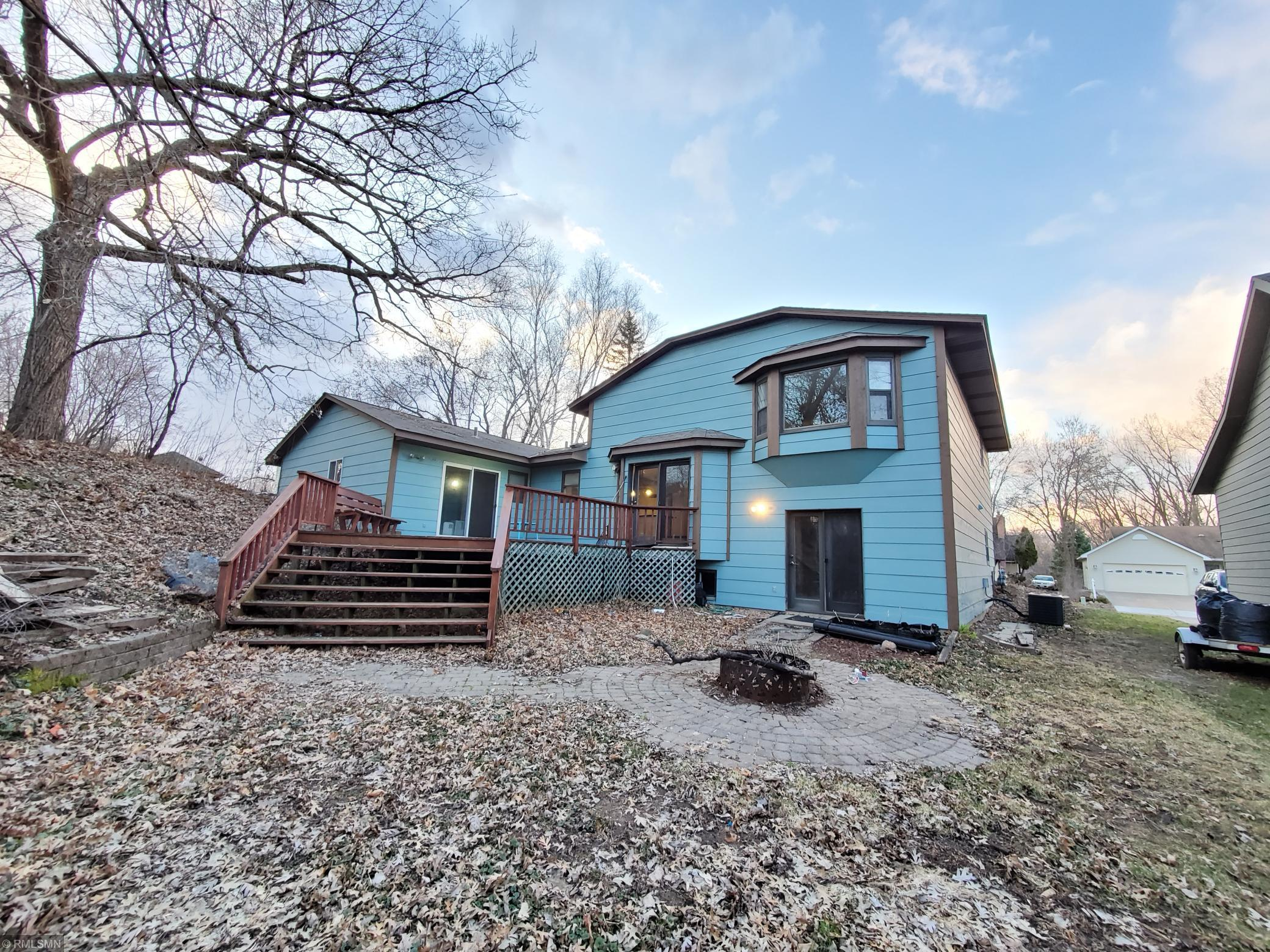 6477 47th N Property Photo - Oakdale, MN real estate listing