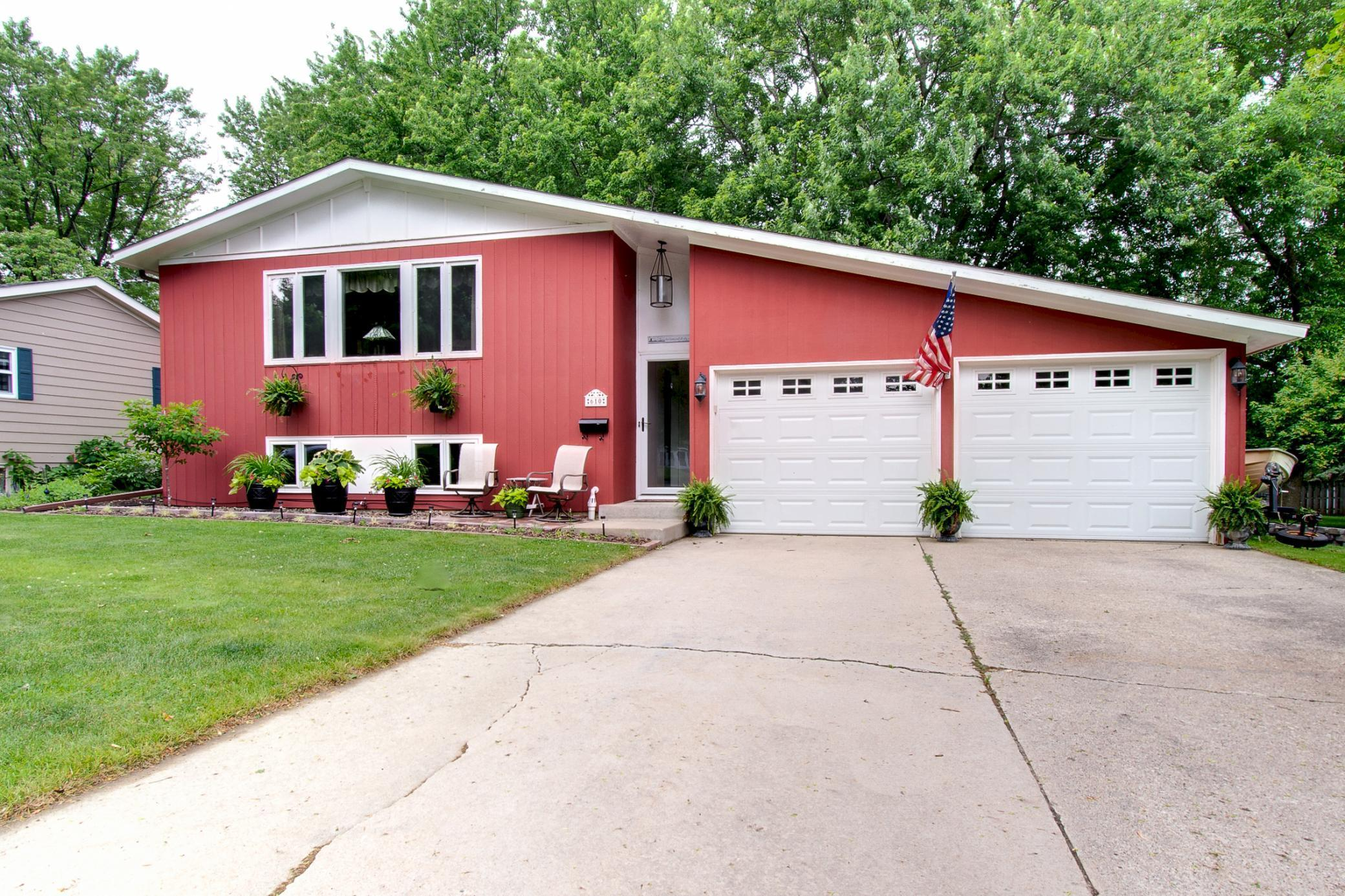 610 Bullis Property Photo - Kenyon, MN real estate listing