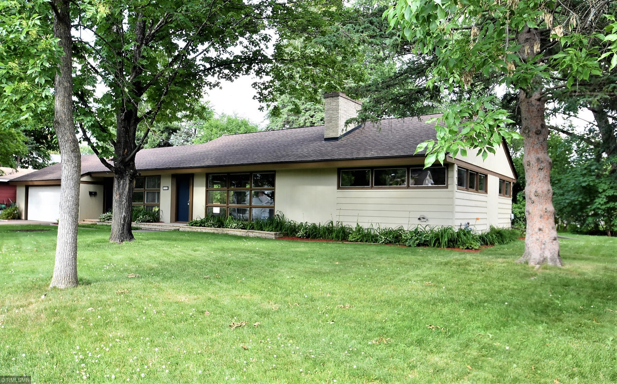 638 Cypress S Property Photo - Cambridge, MN real estate listing