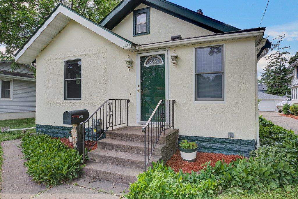 4227 Penn N Property Photo - Minneapolis, MN real estate listing