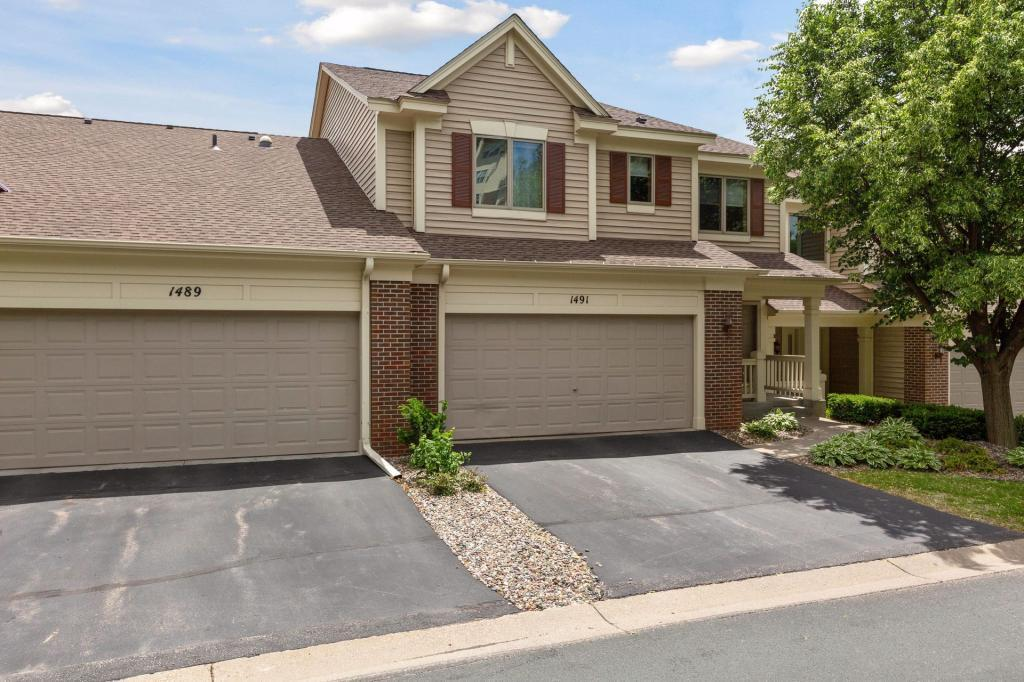 1491 Summit Shores Property Photo - Burnsville, MN real estate listing