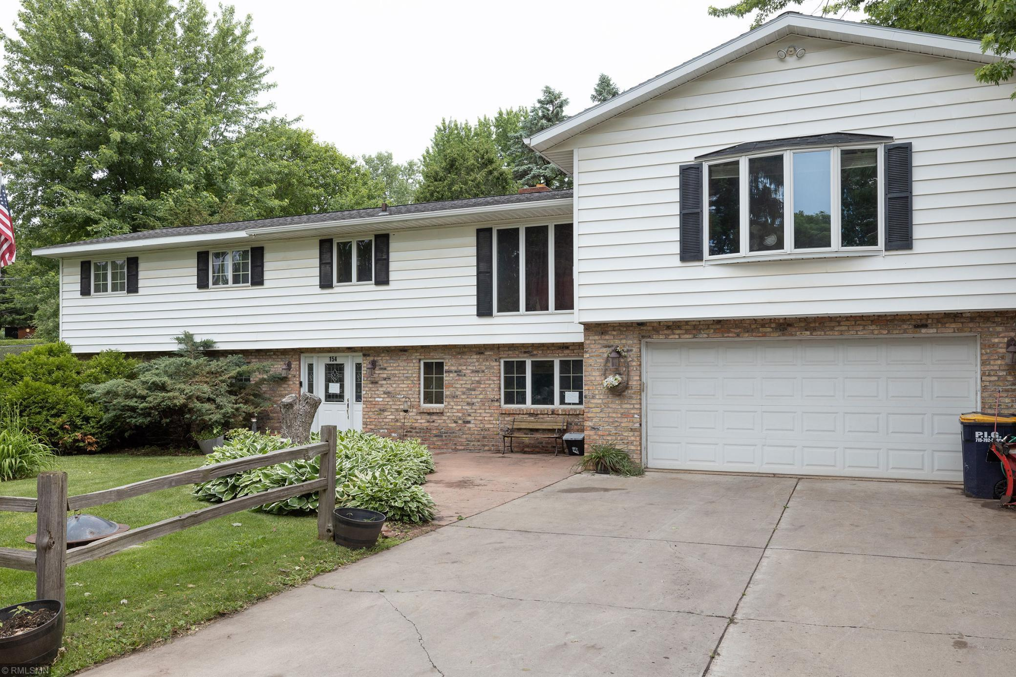 154 Vine S Property Photo - Prescott, WI real estate listing