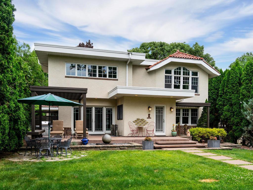 2409 W 22nd Street Property Photo - Minneapolis, MN real estate listing