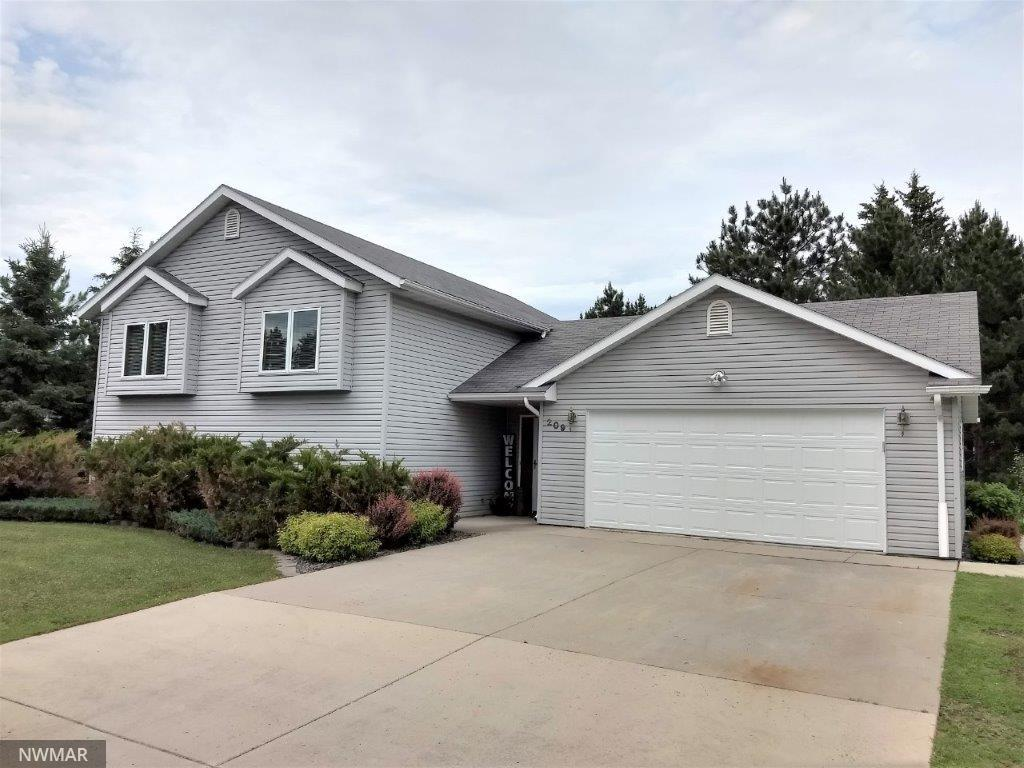209 Denise NW Property Photo - Bagley, MN real estate listing