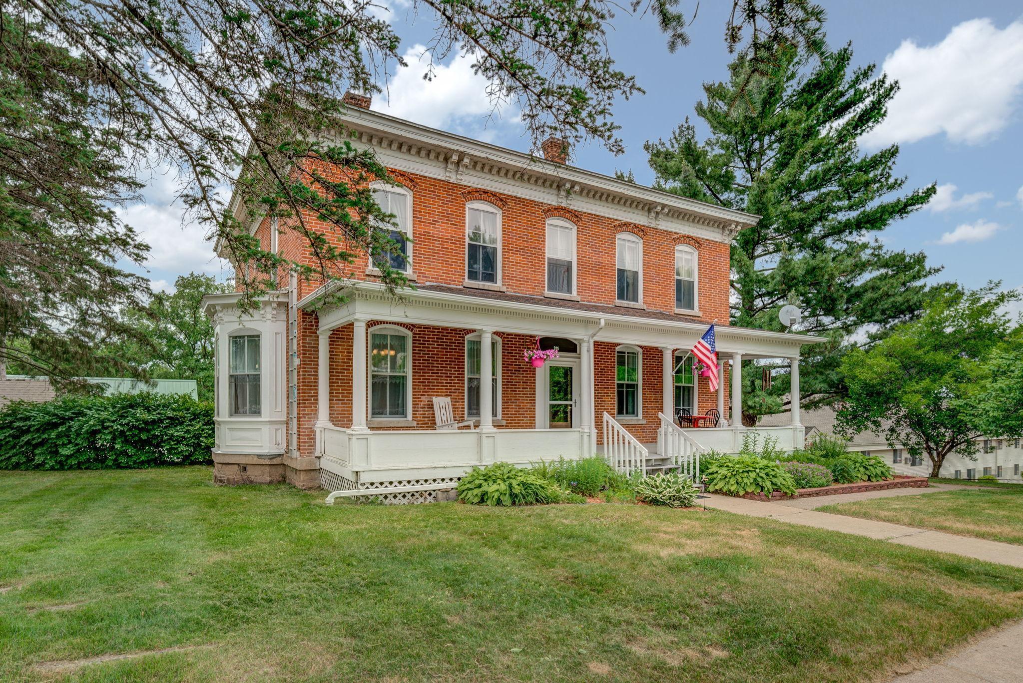 205 S Adams Property Photo - Saint Croix Falls, WI real estate listing