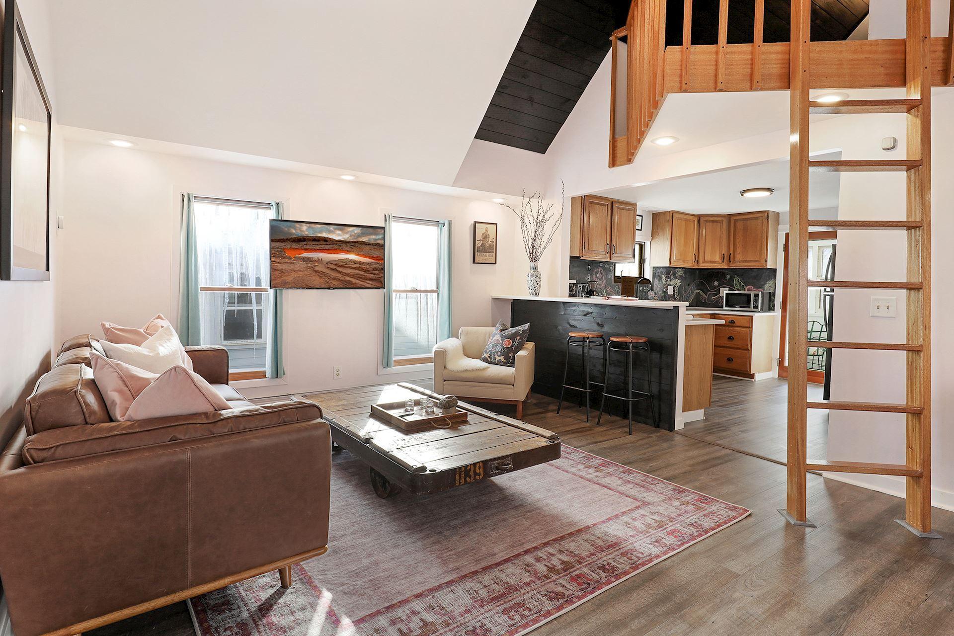 55454 Real Estate Listings Main Image