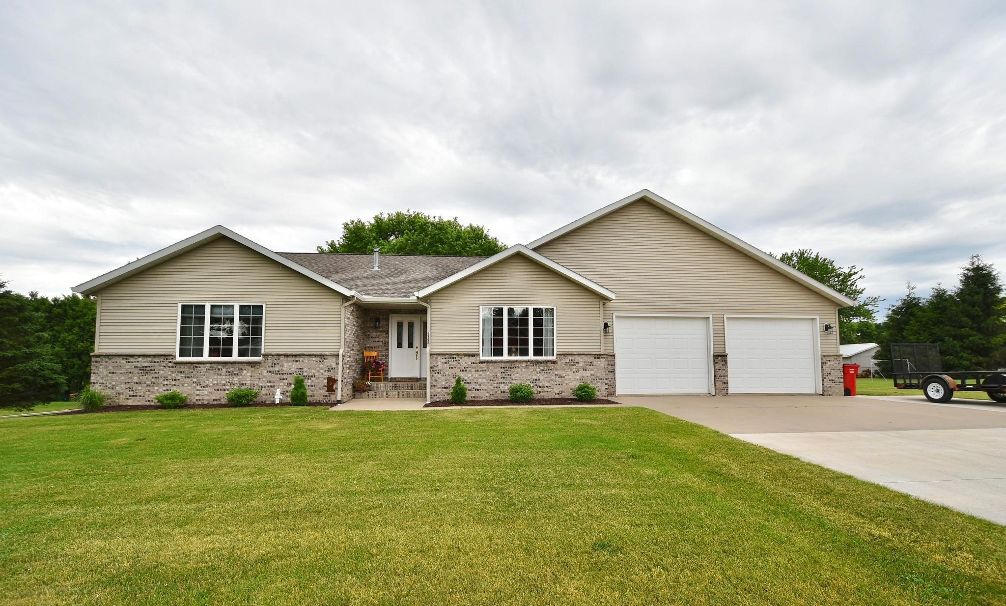 355 3rd Se Property Photo