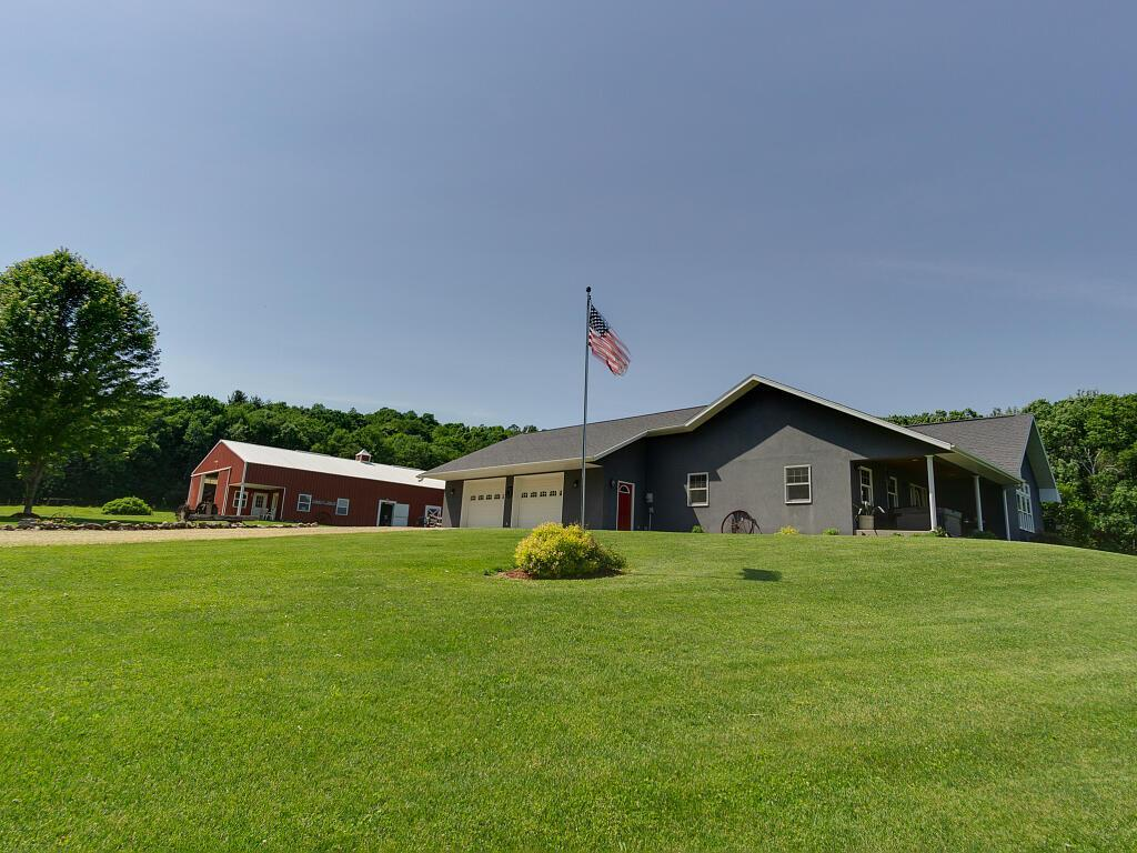 N9351 280th Street Property Photo - Boyceville, WI real estate listing
