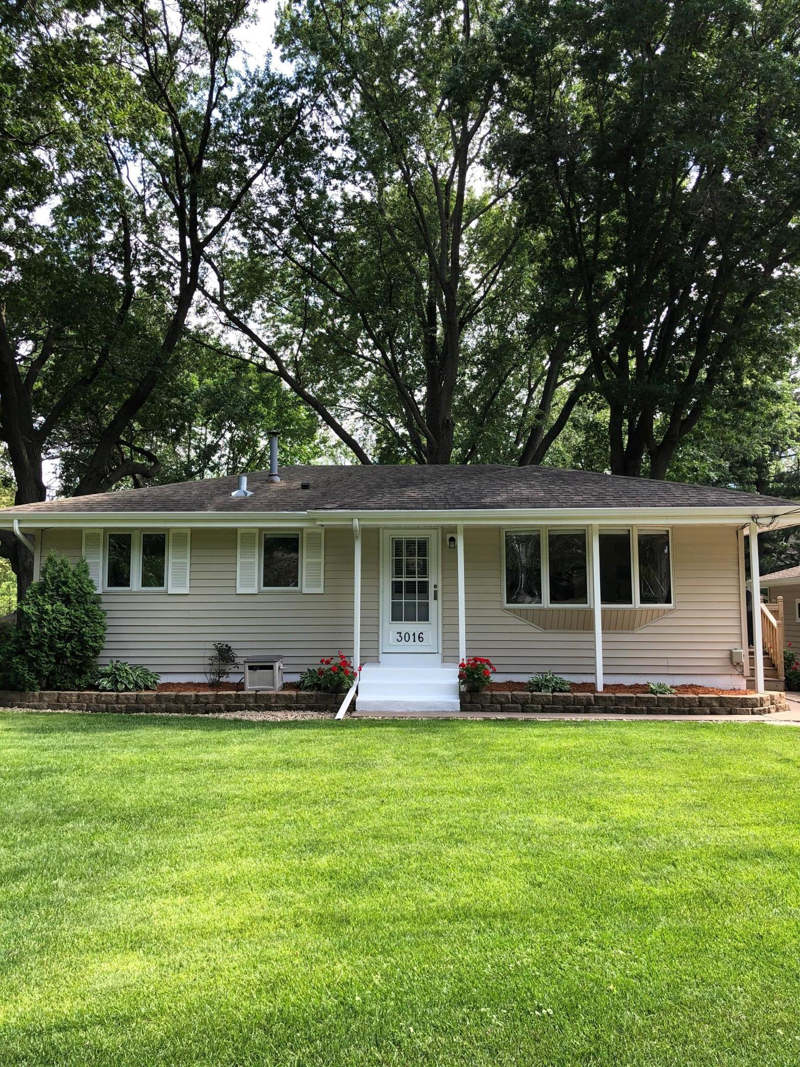 3016 Woodale Property Photo - Mounds View, MN real estate listing