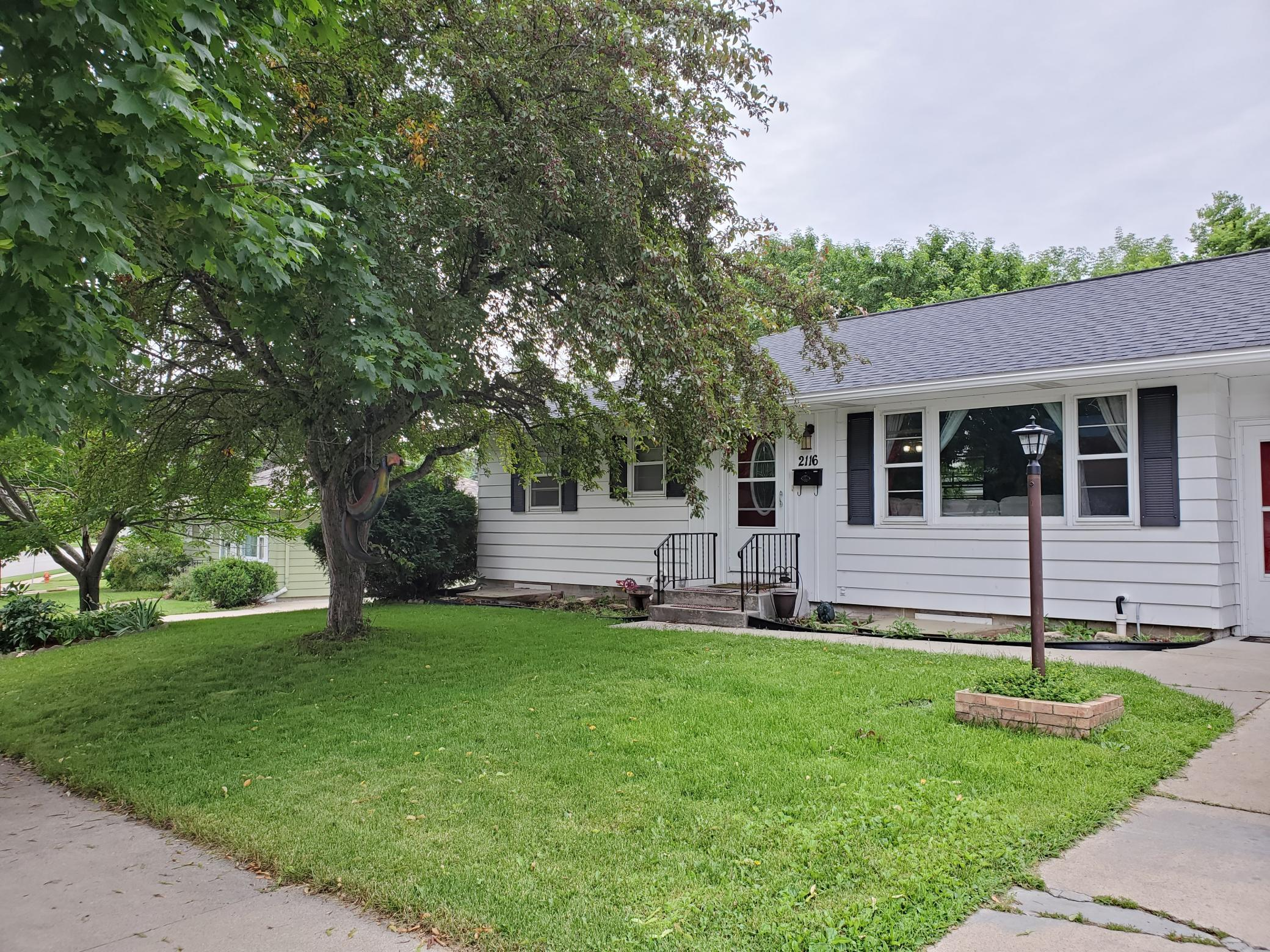 2116 Elton Hills NW Property Photo - Rochester, MN real estate listing