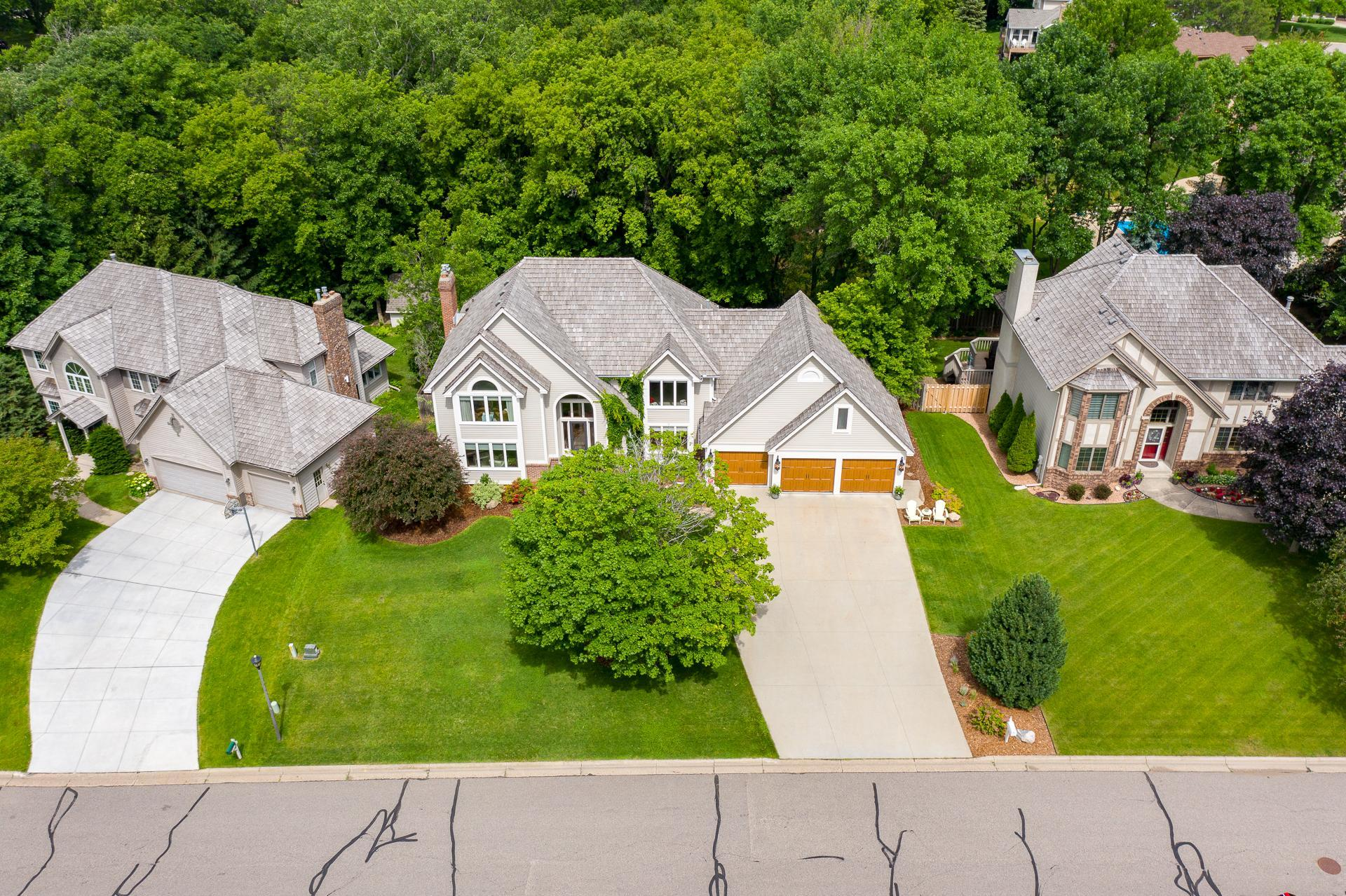 13208 Longview Property Photo - Burnsville, MN real estate listing