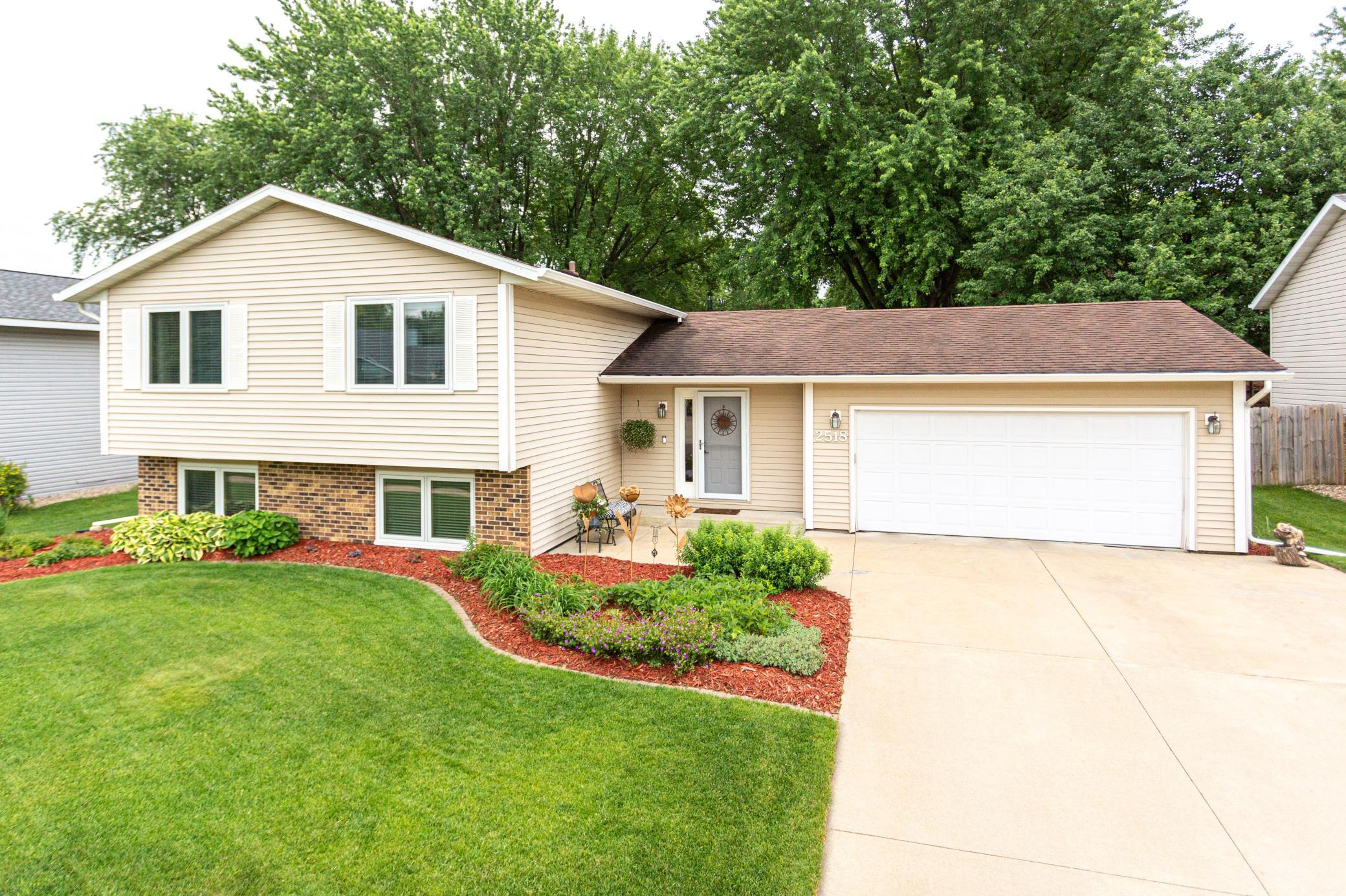 2518 59th NW Property Photo - Rochester, MN real estate listing
