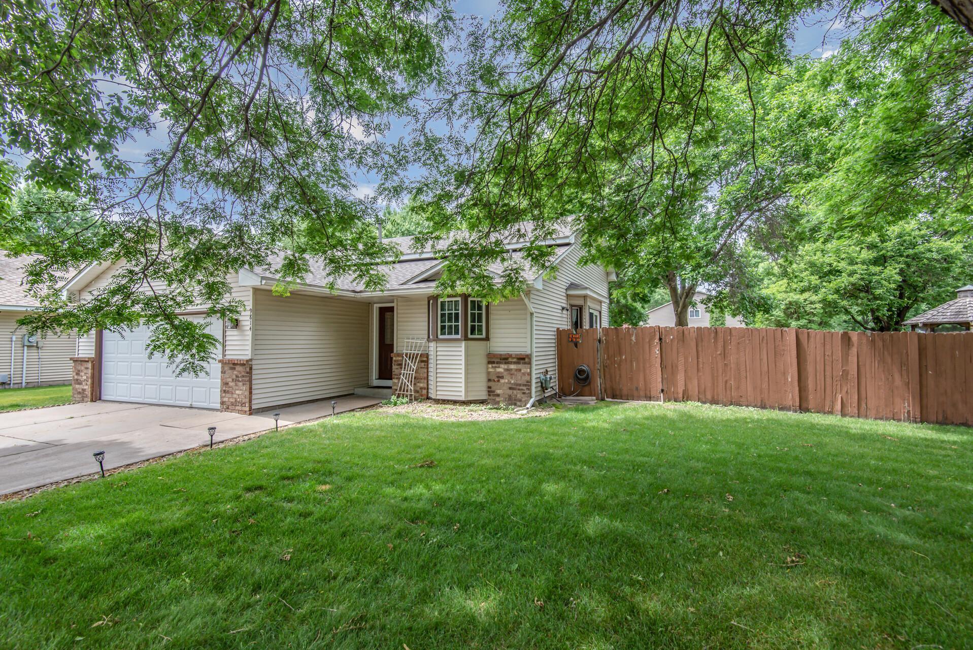 9814 Taylor NE Property Photo - Blaine, MN real estate listing