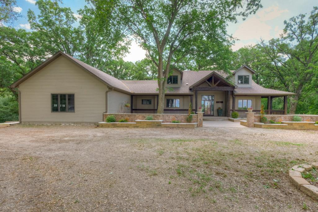 11635 Killdeer Avenue Property Photo - Glencoe, MN real estate listing