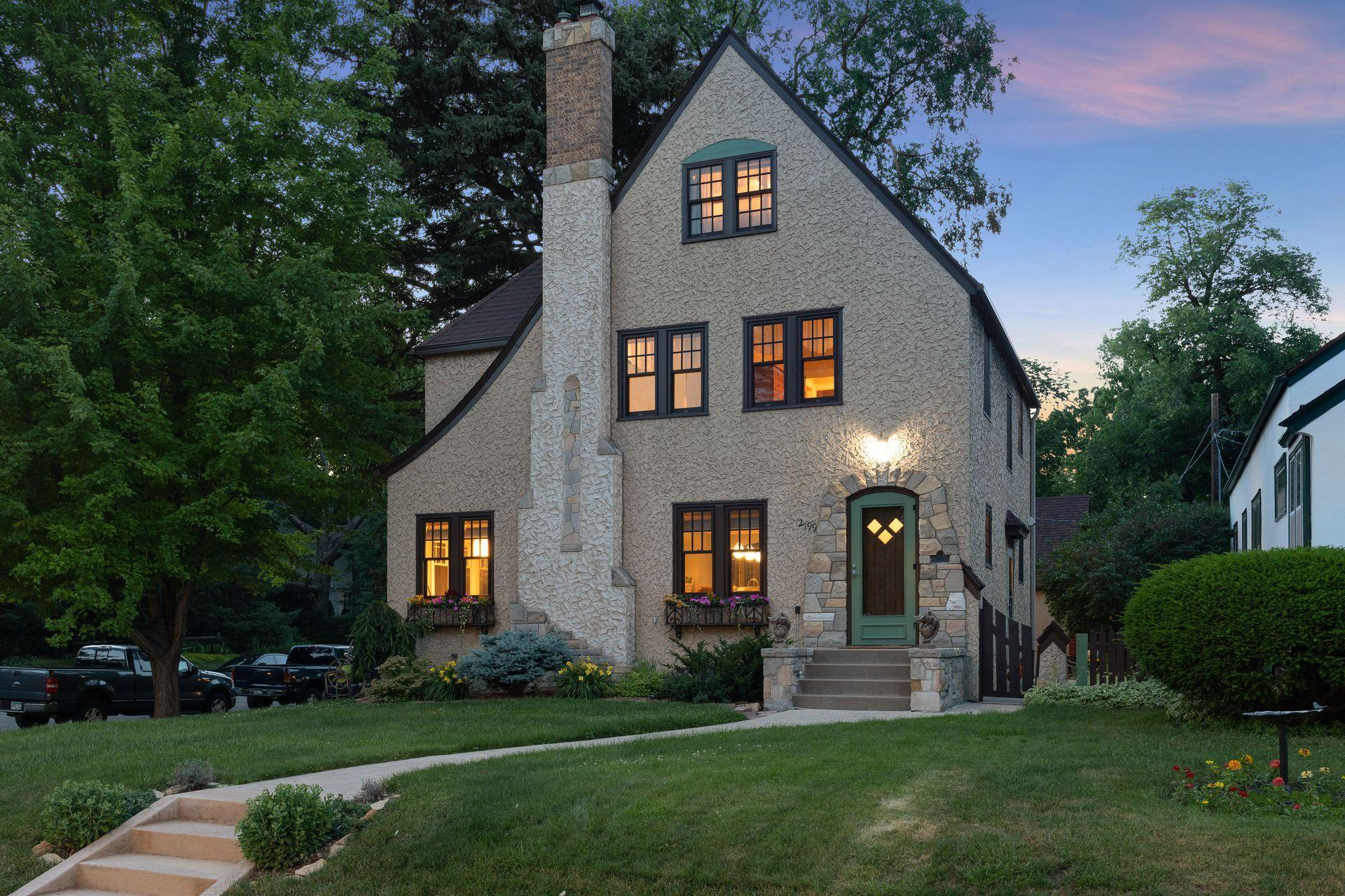 2199 Jefferson Property Photo - Saint Paul, MN real estate listing