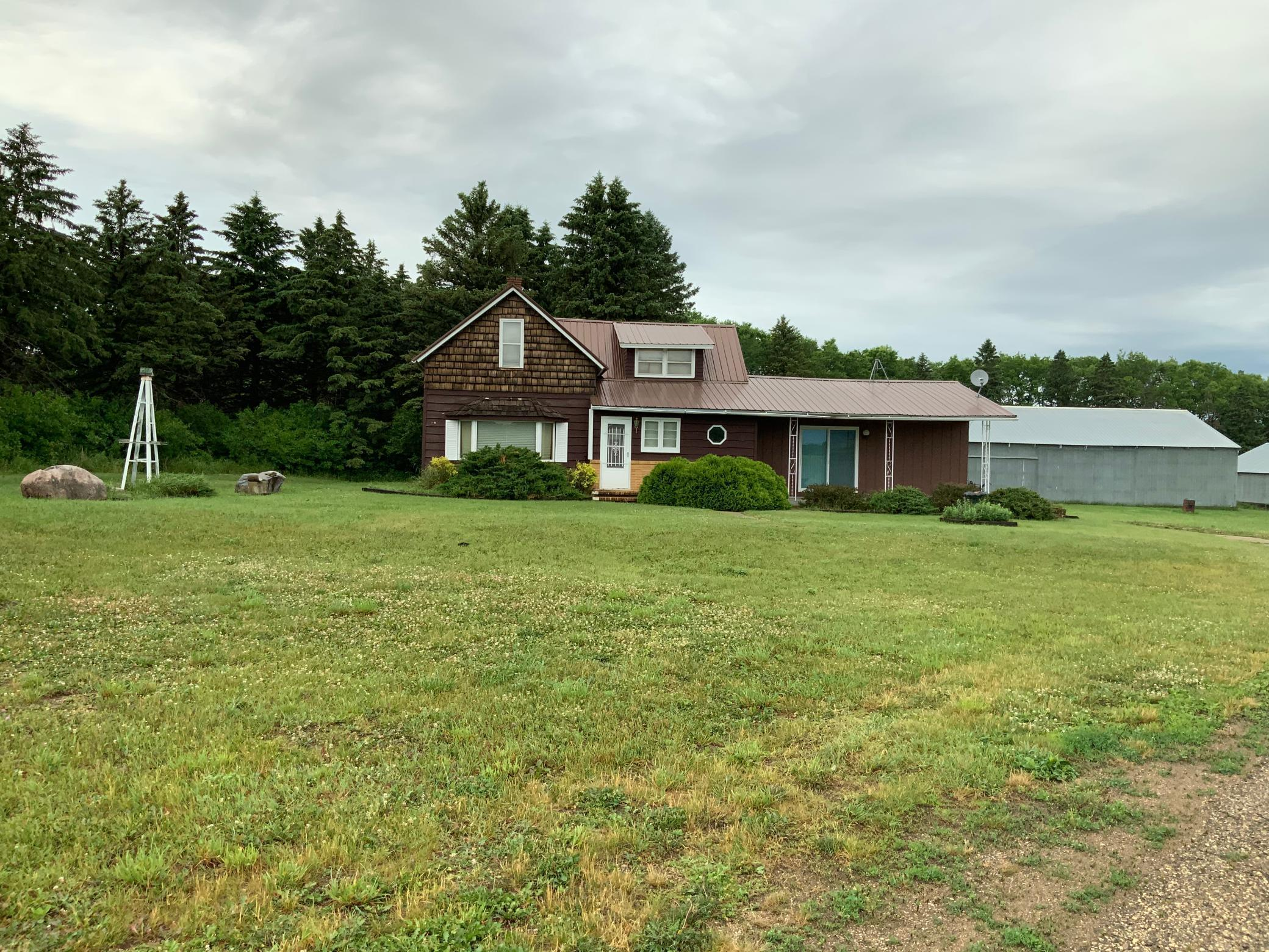 1676 180TH Ave Property Photo - Canby, MN real estate listing