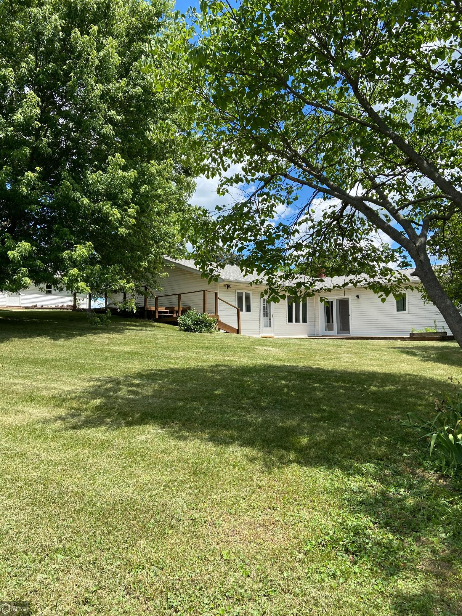 12427 262nd Property Photo - Bloomfield, IA real estate listing