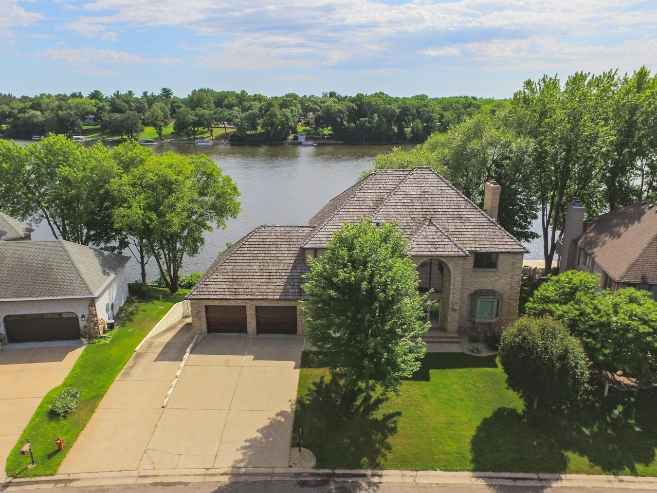 432 River Lane Property Photo - Anoka, MN real estate listing