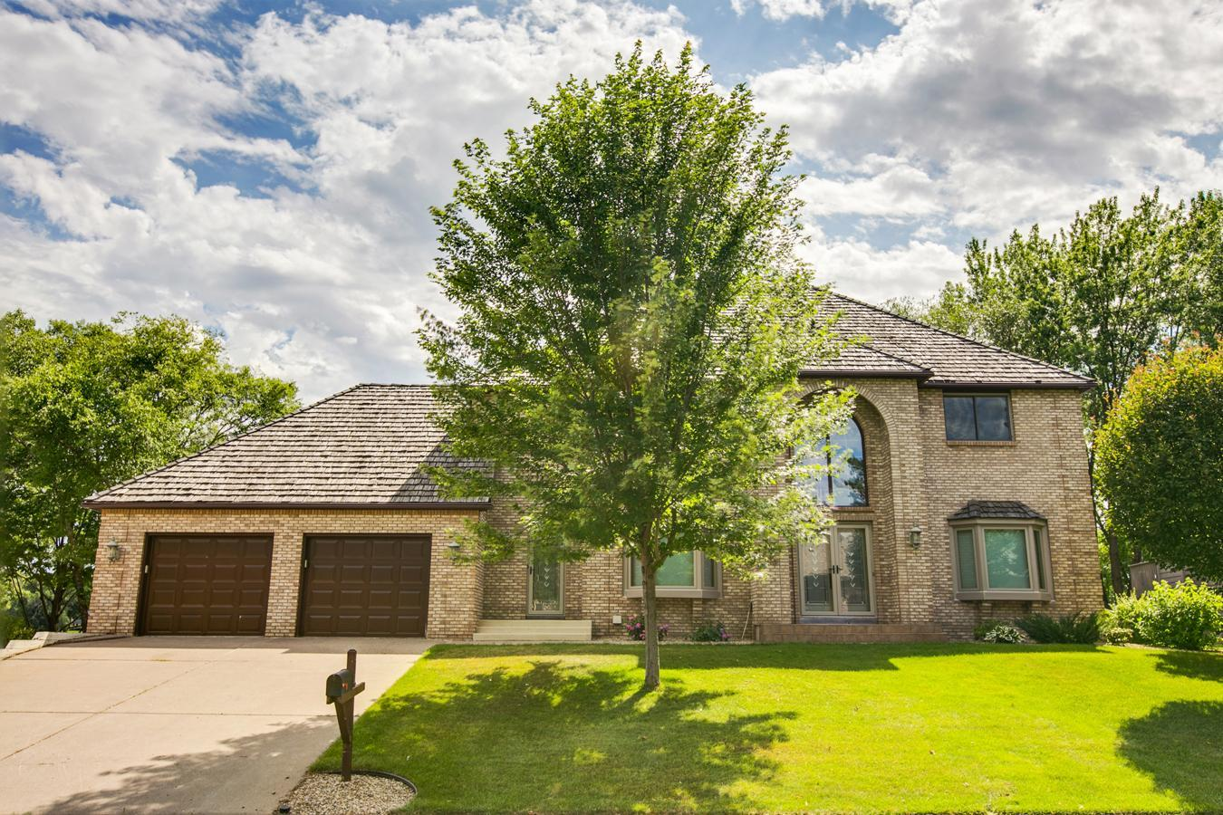 432 River Lane Property Photo - Anoka, MN real estate listing