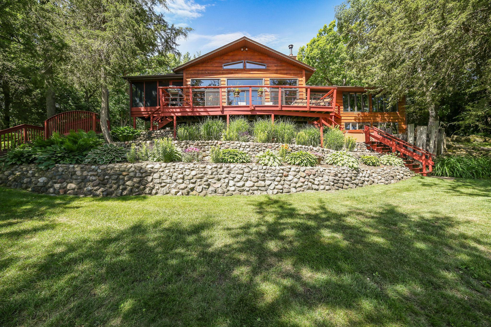8200 River Property Photo - Inver Grove Heights, MN real estate listing