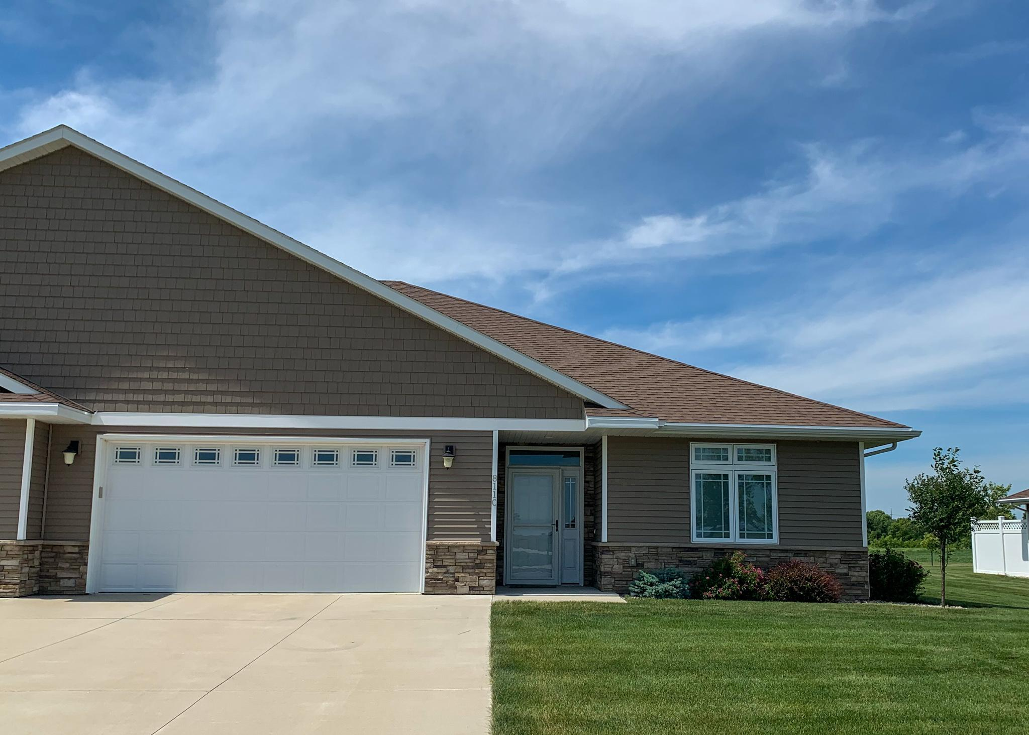 811 Windstar #C Property Photo - Marshall, MN real estate listing
