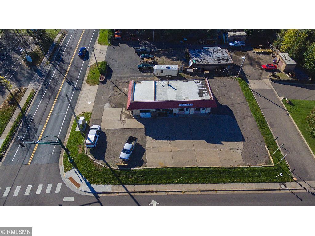 2490 County Road E E Property Photo