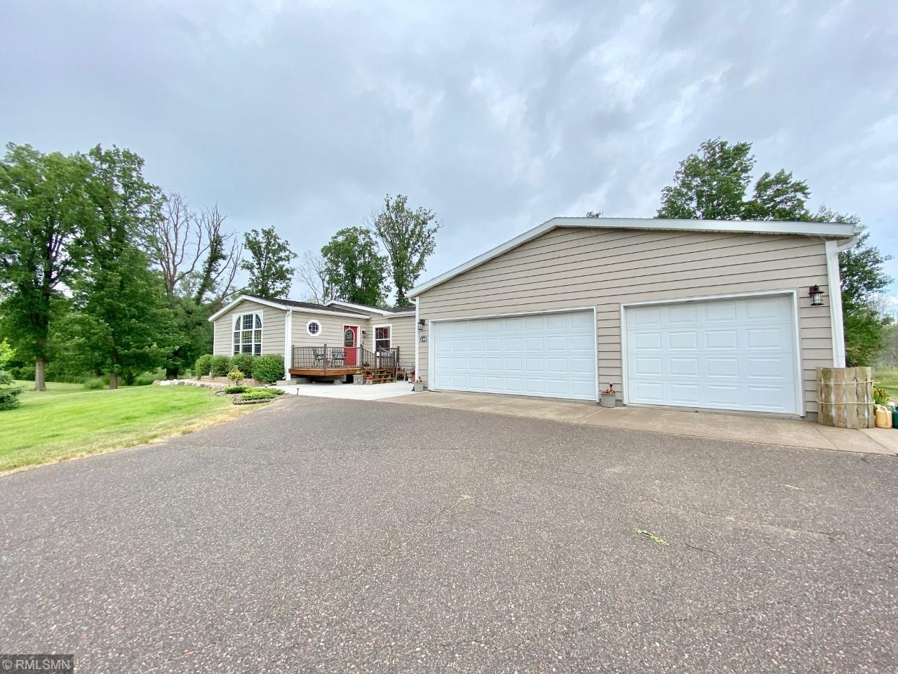610 Hennepin Property Photo - Isle, MN real estate listing