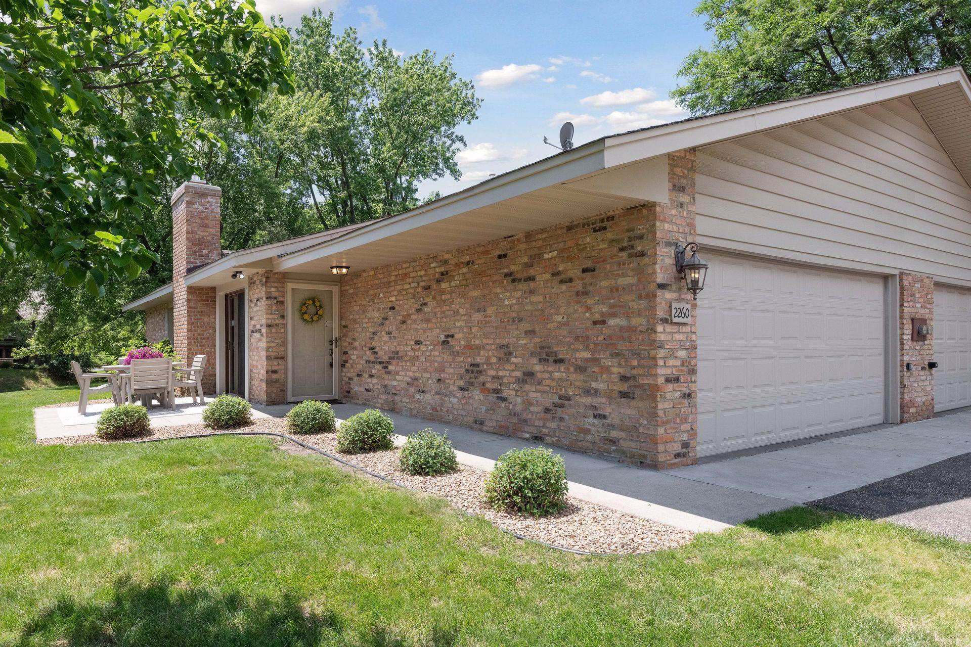 2260 Wildwood Circle Property Photo - Minnetonka, MN real estate listing