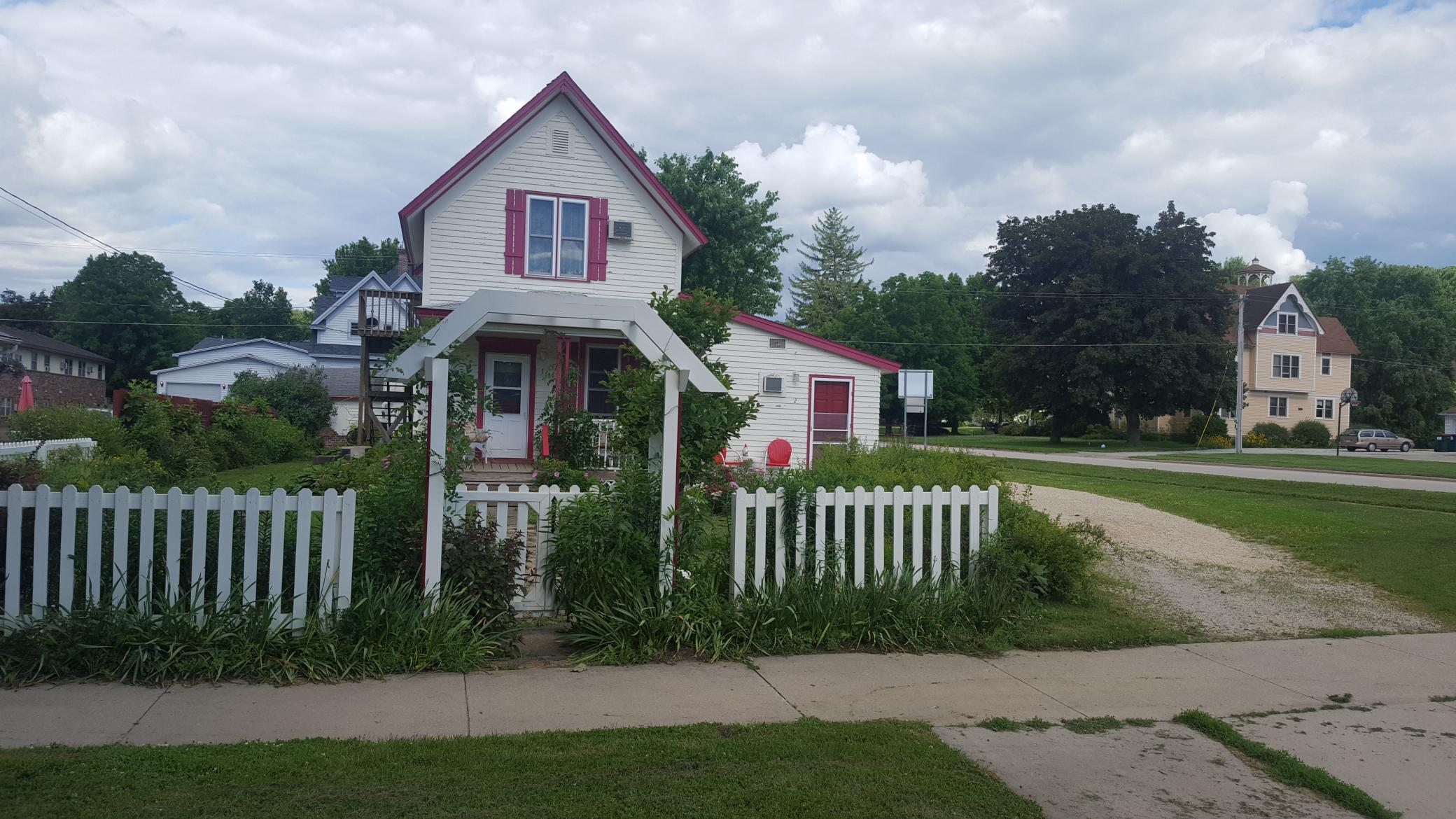 610 Parkway Avenue S Property Photo - Lanesboro, MN real estate listing