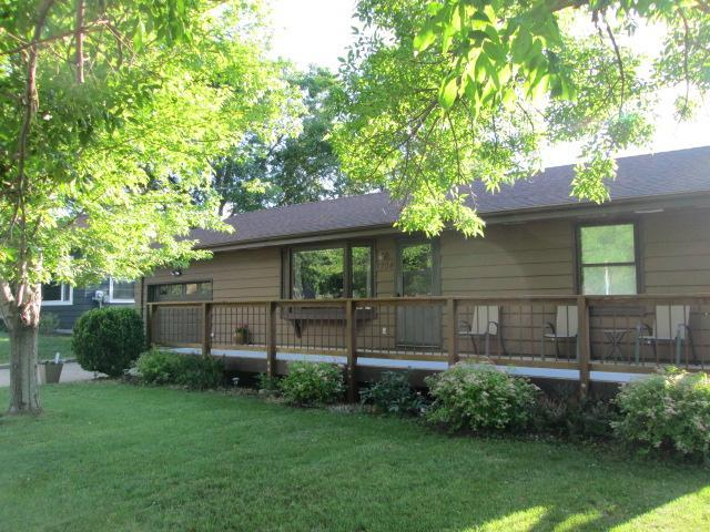1704 4th Property Photo - Windom, MN real estate listing