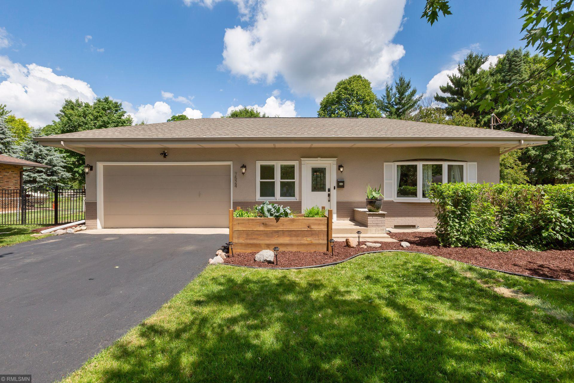 7524 Knoll N Property Photo - Golden Valley, MN real estate listing