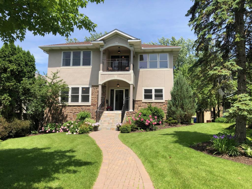 536 Desnoyer Avenue Property Photo - Saint Paul, MN real estate listing