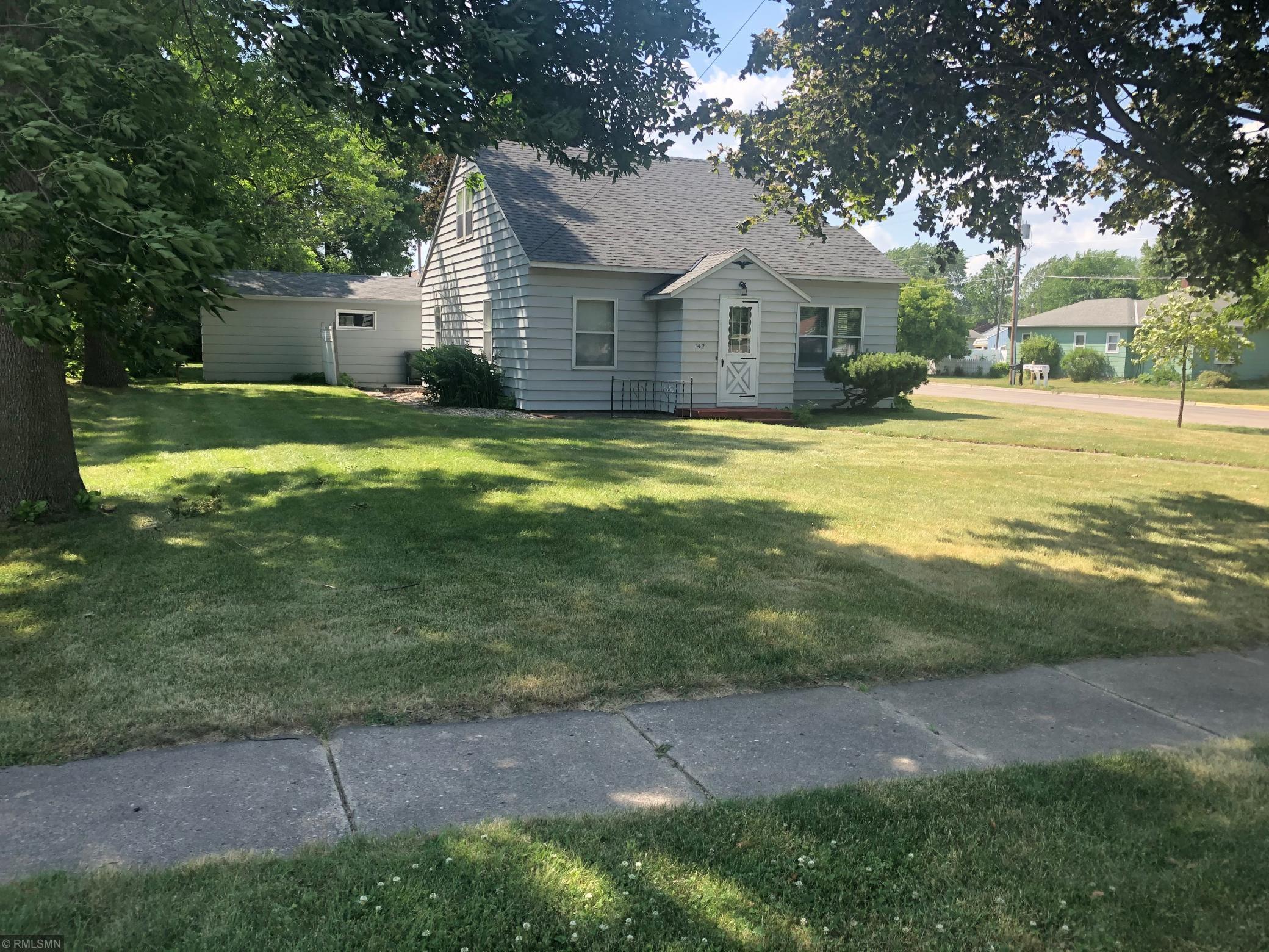 142 3rd Property Photo - Buffalo Lake, MN real estate listing