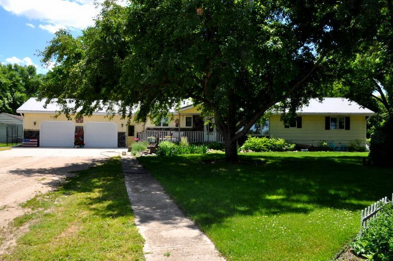 6531 State Highway 27 Property Photo - Wheaton, MN real estate listing