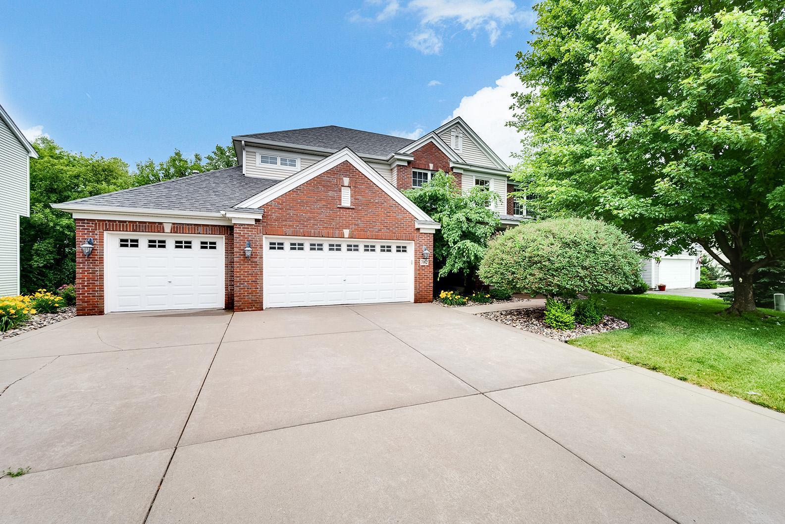 7062 Lydia Lane Property Photo - Woodbury, MN real estate listing