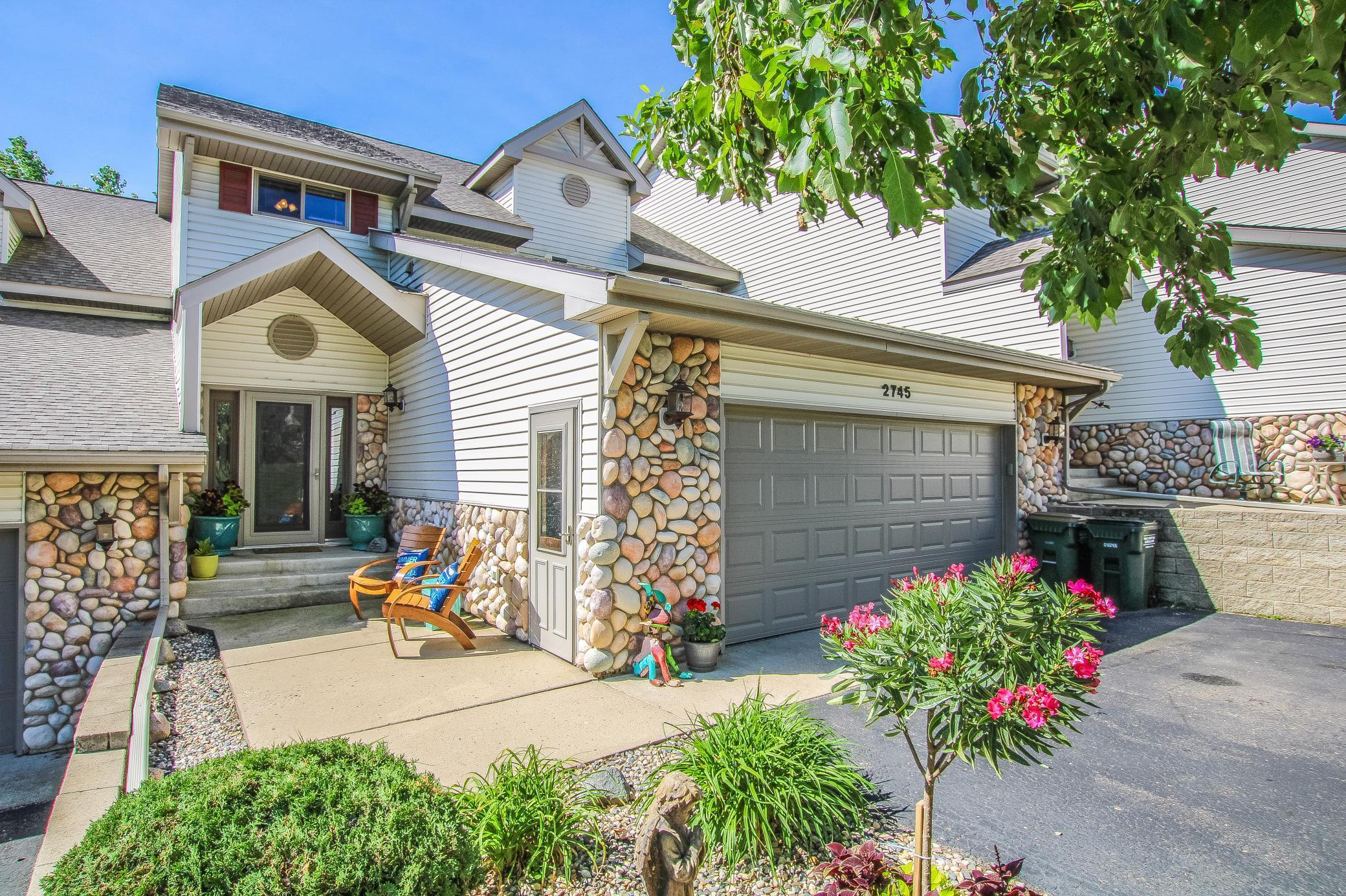 2745 Arrowwood NW Property Photo - Alexandria, MN real estate listing
