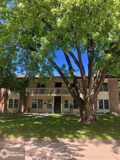 105 5th Street #201 Property Photo - Fairfield, IA real estate listing