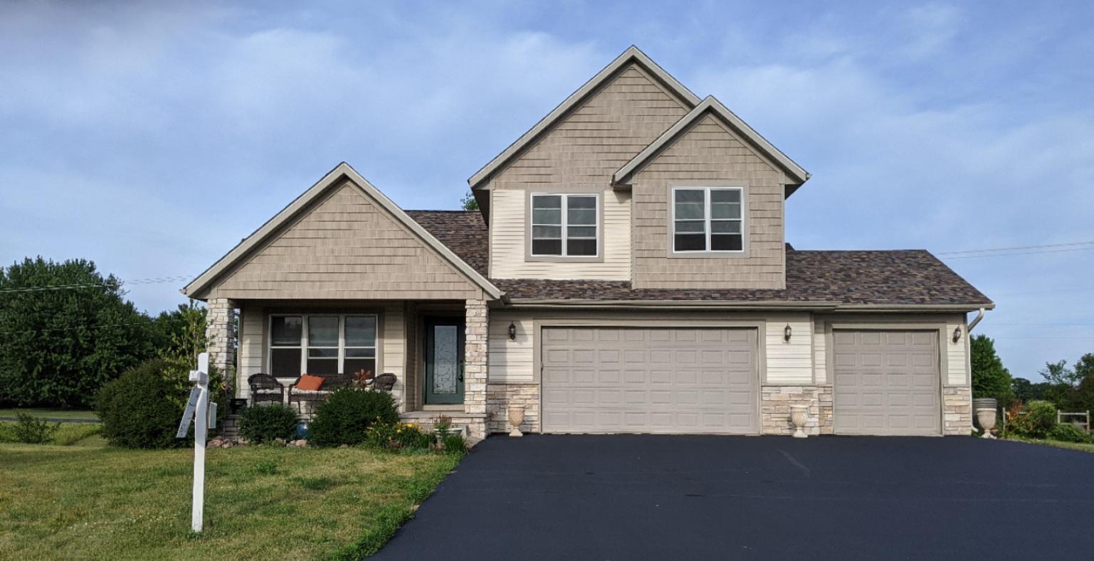 1251 Oakey Property Photo - Osceola, WI real estate listing