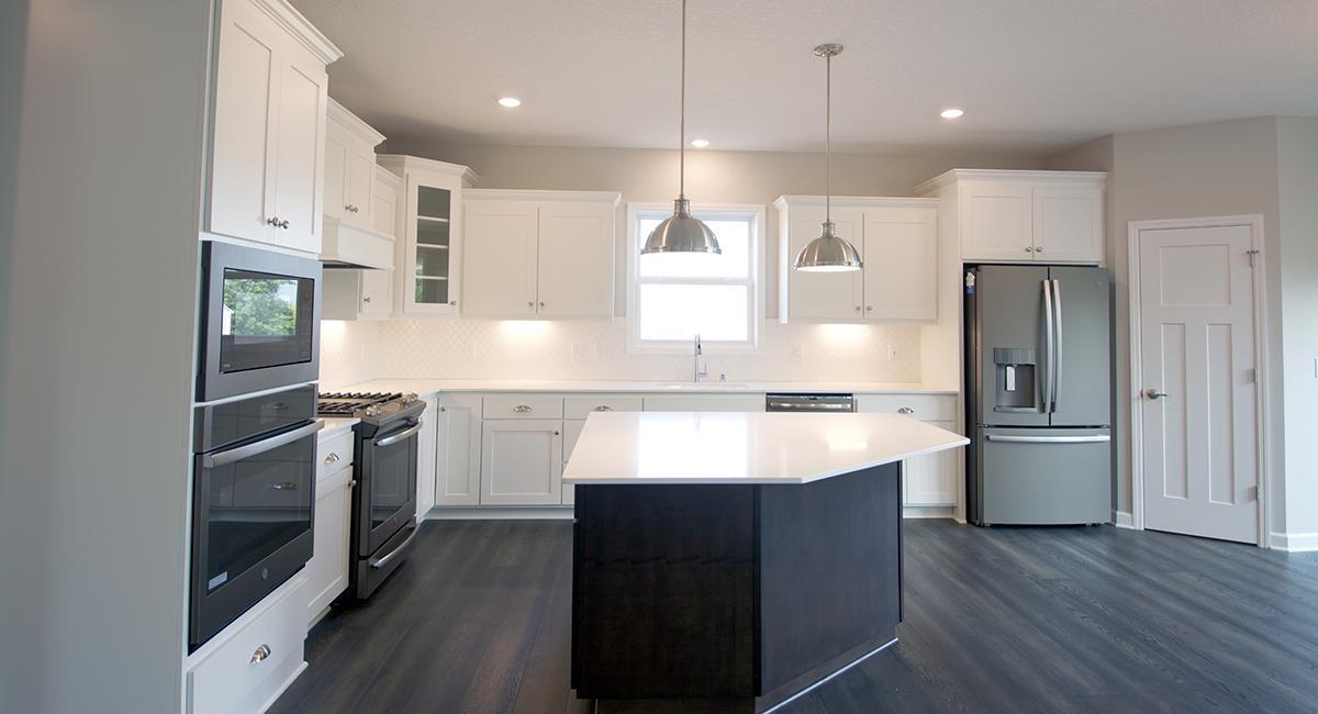 2506 Fieldstone Property Photo - Victoria, MN real estate listing