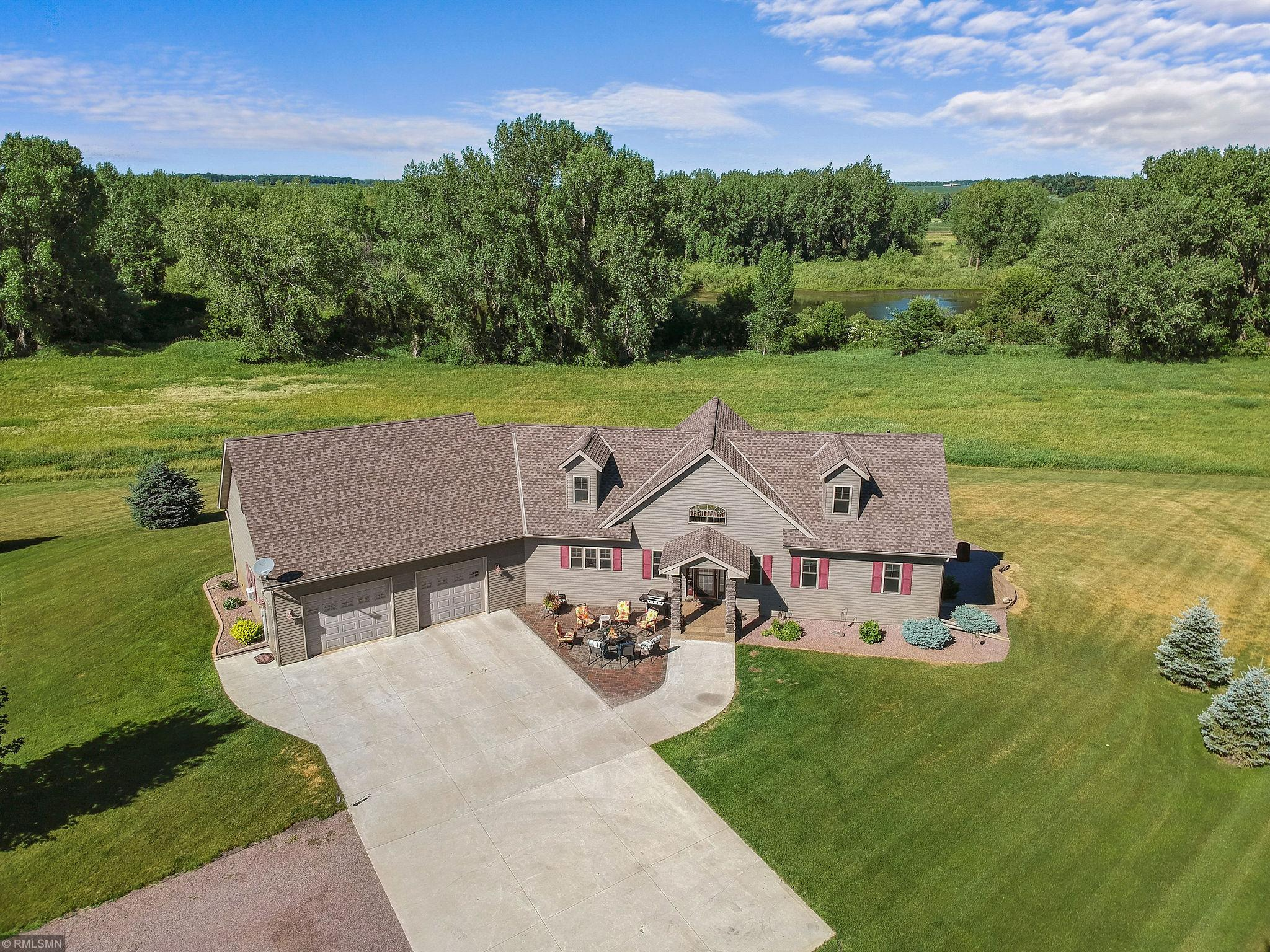 16860 160th Street Property Photo - Hutchinson, MN real estate listing