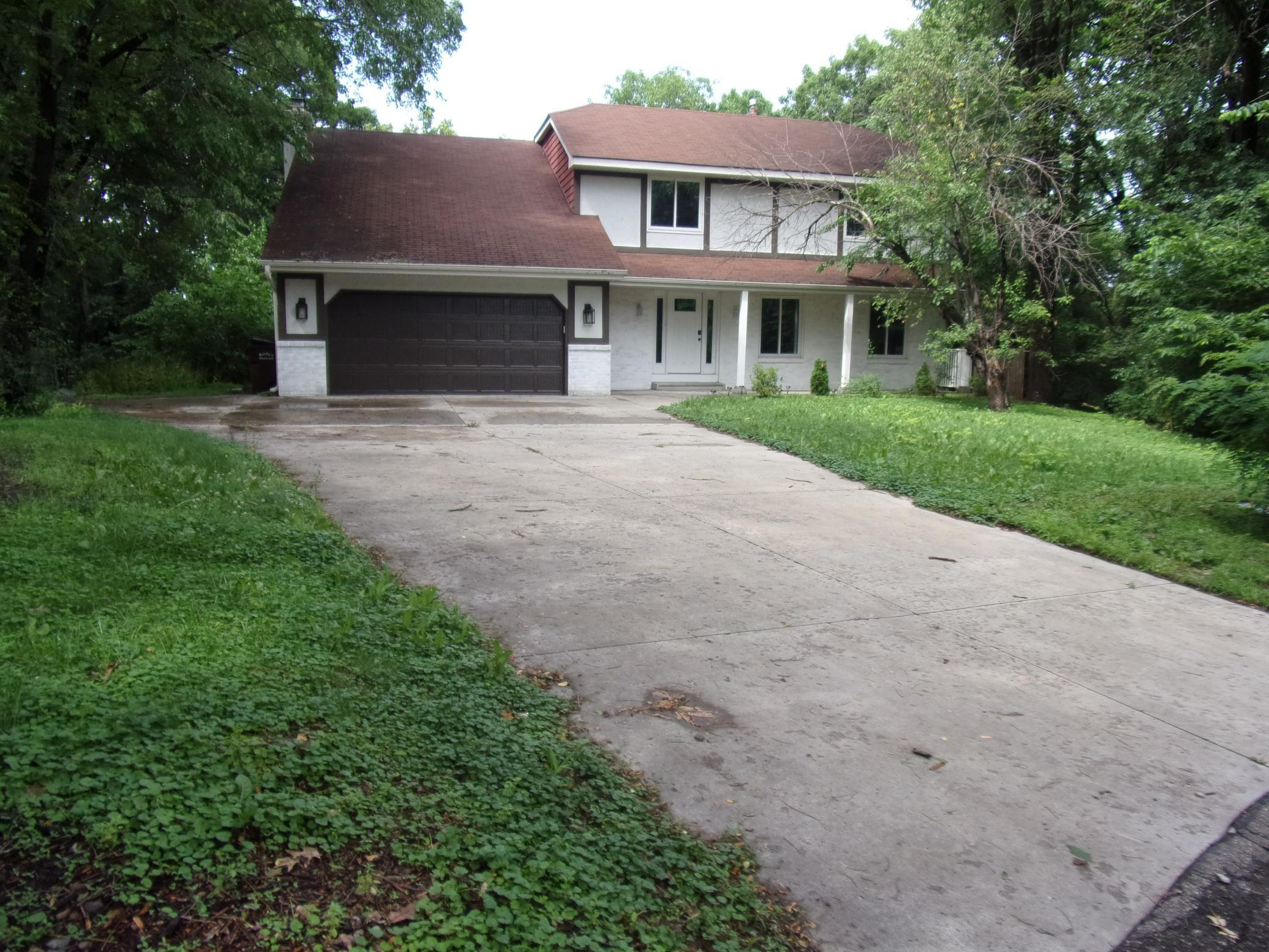 3619 Regal Oak Property Photo - Minnetonka, MN real estate listing
