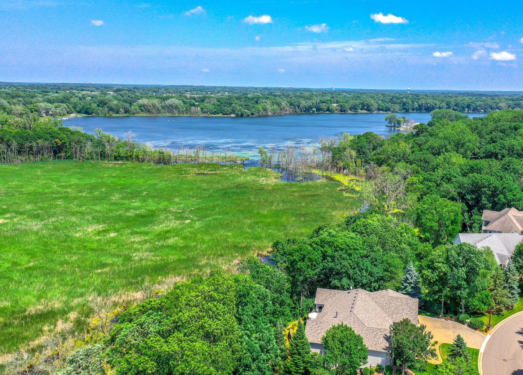 853 Amble Road Property Photo - Shoreview, MN real estate listing