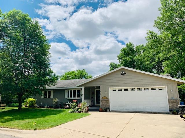 393 S Shore Drive Property Photo - Winsted, MN real estate listing