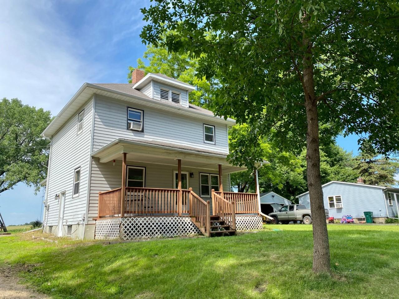 341 Prairie Avenue Property Photo - Balaton, MN real estate listing
