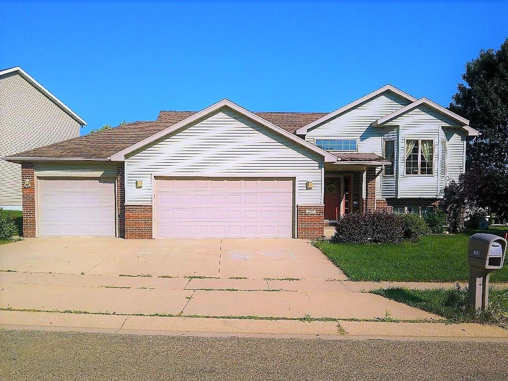 4537 Cornwall NW Property Photo - Rochester, MN real estate listing